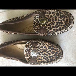Like new Ralph Lauren Leopard Loafers Sz 8